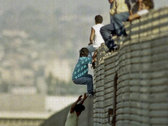borderhopping